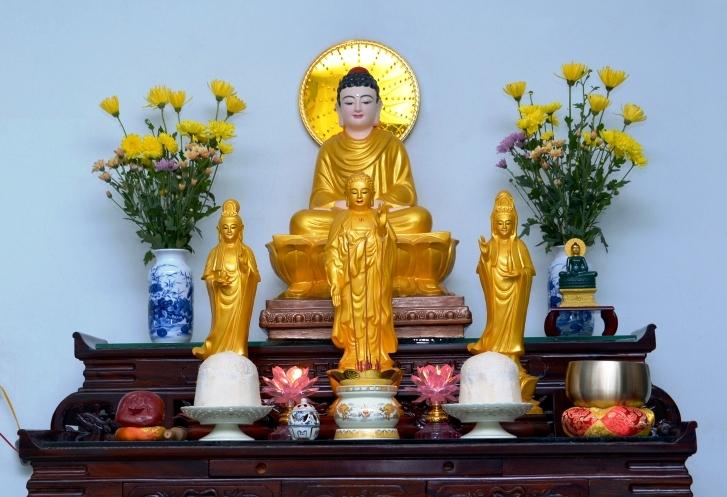 Đức Phật Thích Ca và Tam Thánh Tây Phương - Shakyamuni Buddha and The three Pure Land divinities in the Pure Land Sect