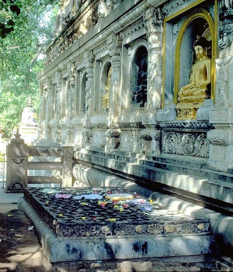 Kim Cang Tòa tại Bồ Đề Đạo Tràng (Ấn Độ) - Nơi Đức Phật Thích Ca thành đạo