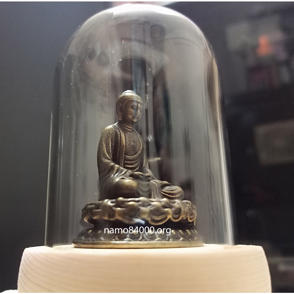 tượng Phật thích ca thiền định